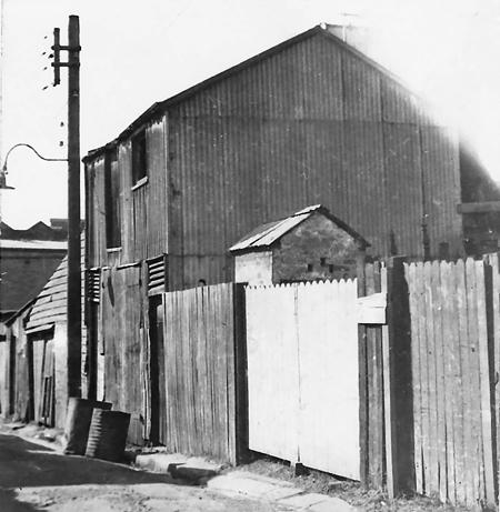 1st Leichhardt Renwick Lane off Norton St 1911