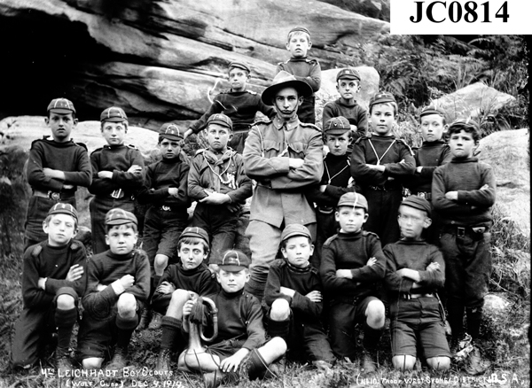 1914 Wolf Cubs