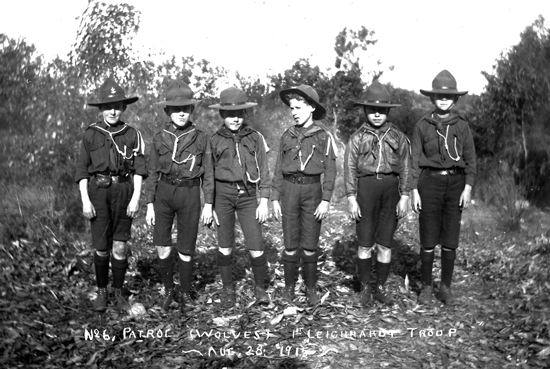 No 6 Patrol (Wolves) 1st Leichhardt Troop Aug 28, 1915. Image: J.X Coutts